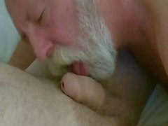 Beard Daddy blow and eat cum