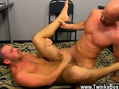 Gay clip of Muscle Top Mitch Vaughn Slams Parker Perry