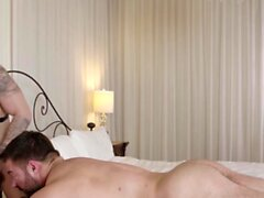 MASQULIN Huge Muscular Stud Derek Bolt Breeds Igor Romani